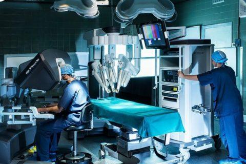 Η ρομποτική χειρουργική, το «όπλο» του χειρουργού